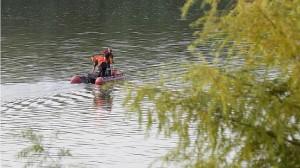 El dispositivo de búsqueda rastrea el Guadalquivir (VALERIO MERINO)