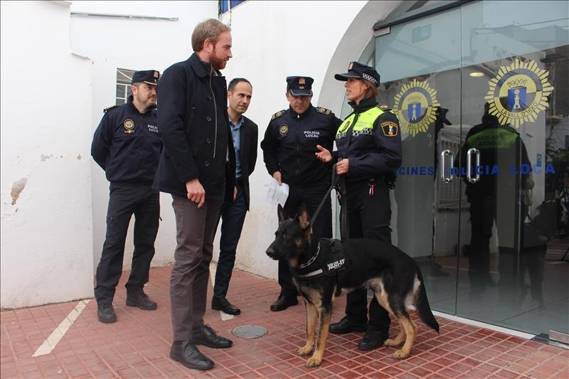 """alt=""""nueva unidad canina Policia Local Vall D'Uixó"""""""