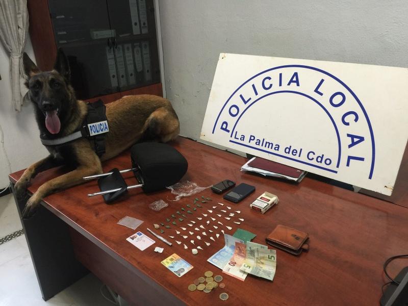 """alt=""""perro policía detector La Palma"""""""