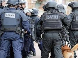 """alt=""""perro muerto en asalto a Saint-Denis"""""""